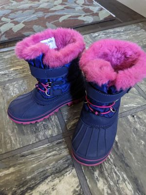 Kid snow boots size11/12 for Sale in San Carlos, CA