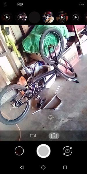 """20"""" black BMX bike pro for Sale in Pomona, CA"""