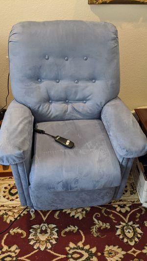 Power recliner for Sale in Niederwald, TX