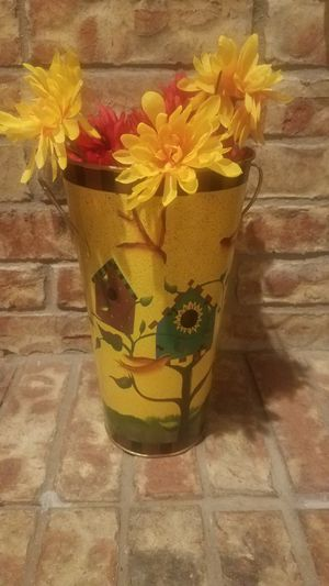 Flower vase / tin pot with handles for Sale in North Richland Hills, TX