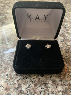 Diamond earrings 10k gold 600 or best offer for Sale in San Lorenzo, CA