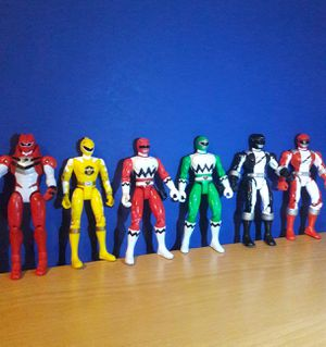 POWER RANGERS BANDAI ACTION FIGURES for Sale in Arlington, TX