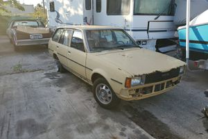 1981 Toyota corola for Sale in Biscayne Park, FL