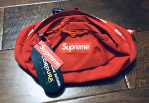 Supreme Waist Bag SS18 Red for Sale in Irvine, CA