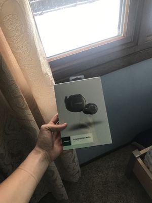 Bose soundsport free for Sale in Addison, IL