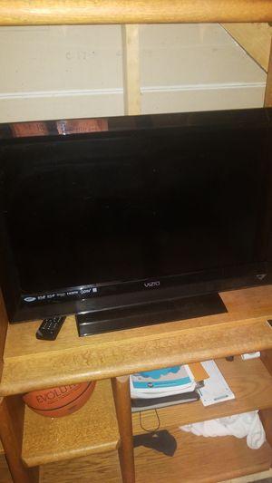 32 inch vizio Tv 1080p for Sale in Littleton, CO