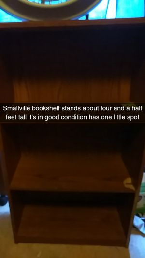 Small shelf for Sale in Fenton, MO