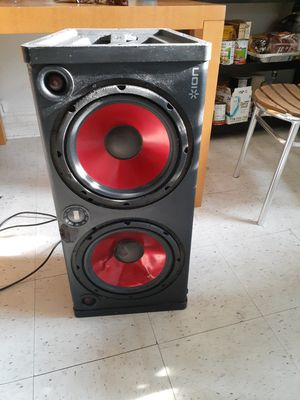 Bluetooth speaker for Sale in Queens, NY