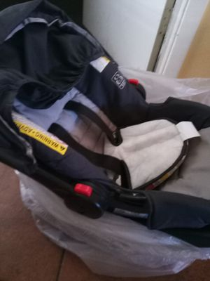 Baby car seat. Graco for Sale in Phoenix, AZ