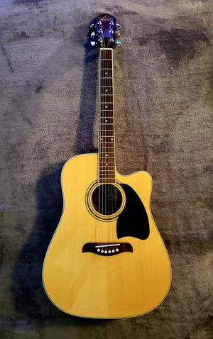 Oscar Schmidt OG2CE with case and accessories for Sale in Gig Harbor, WA