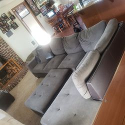 sectional couch for Sale in Eatonville,  WA