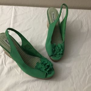 Green Shoes For St Pattys Day Outfit for Sale in Phoenix, AZ