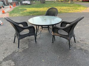 Outdoor furniture, table and 3 chairs. for Sale in Princeton, NJ