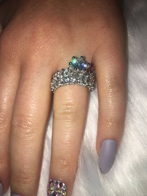 2 PIECE STERLING SILVER WITH CZ'S WEDDING RING SIZE 6 for Sale in Glendale, CA