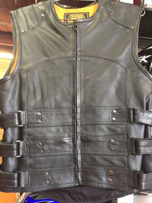 New motorcycle leather armor vest $120 for Sale in Whittier, CA