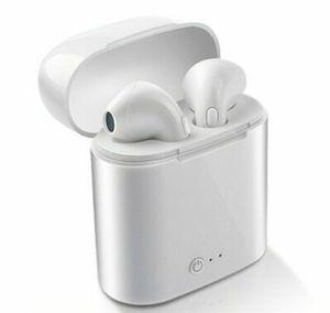 Apple Android Wireless Bluetooth Earphones Headphones New for Sale in Pomona, CA