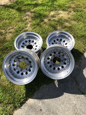 """Chevy wheels 15""""-6 lug for Sale in Modesto, CA"""