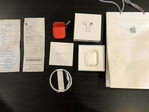 Apple AirPods with Wireless Charging Case brand new open box for Sale in La Mesa, CA