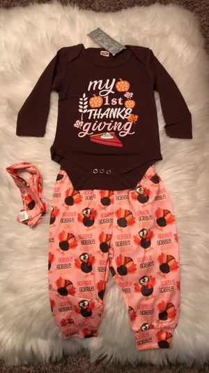My first Thanksgiving baby girl pijama for Sale in Fresno, CA