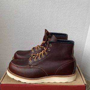 Red Wings Size 9.5 for Sale in Los Angeles, CA