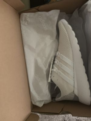 Adidas women's shoe for Sale in Cleveland, OH