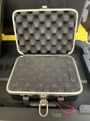 Small case for Sale in Puyallup, WA