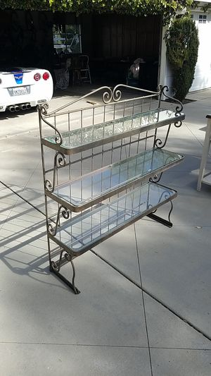 Table top pewter / iron shelving unit for Sale in Menifee, CA