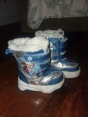 Frozen toddler girl snow boots for Sale in PA, US