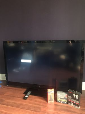 LG 55 Inch TV LV4400 for Sale in Gainesville, GA