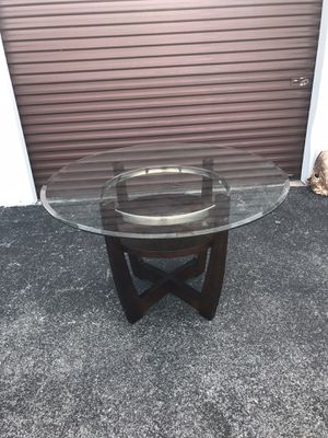 Gorgeous Modern Contemporary Glass Top Dining Room Table $175 OBO for Sale in Hudson, FL