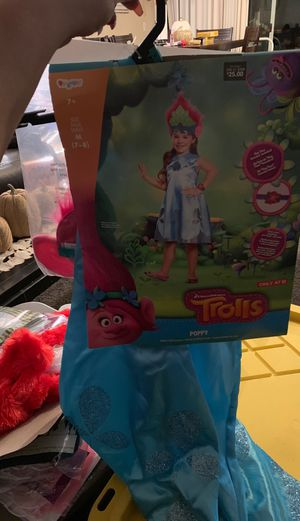 Trolls Poppy deluxe child costume Size medium 7-8 girls retails $25 I'm selling for $12 obo includes Hug time bracelet, dress and floral crown with e for Sale in Riverside, CA