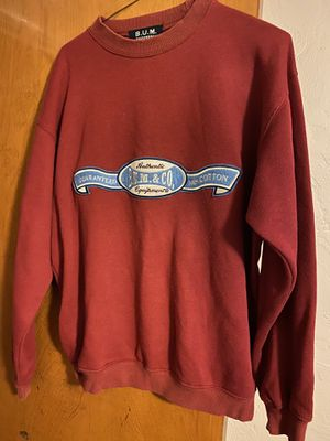 Teenager/woman's B. U, M, & Company brand sweatshirt size medium for Sale in Fresno, CA
