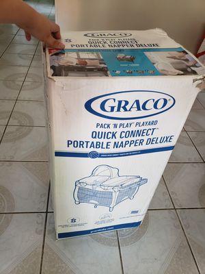 Graco quick connect portable napper deluxe for Sale in La Habra Heights, CA