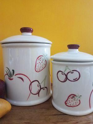 En Pacoima Ca* Ceramica* for Sale in Los Angeles, CA