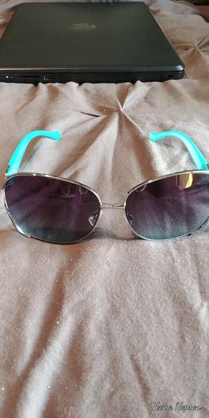 Jessica Simpson sunglasses for Sale in Bristol, VA