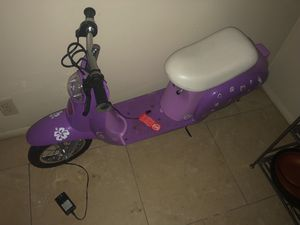 Razor scooter for Sale in Evansville, IN