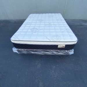 Full Size Mattress And Boxspring for Sale in Cerritos, CA