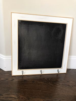 White distressed chalk board for Sale in San Diego, CA