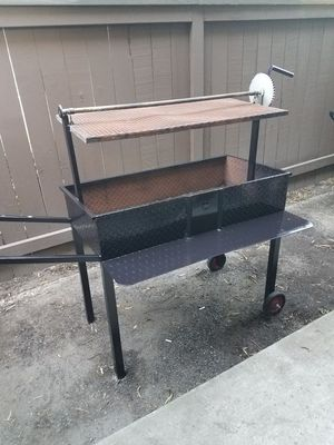 Charcoal Grill for Sale in Manteca, CA
