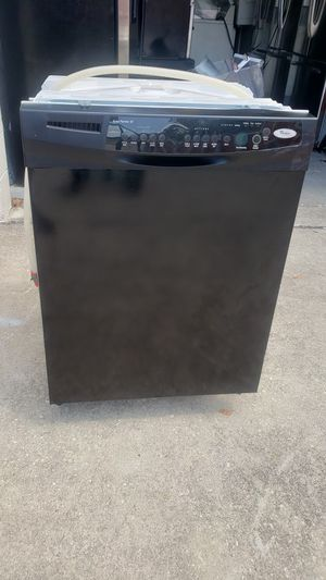Black Whirlpool dishwasher working great 30 day warranty for Sale in Kissimmee, FL