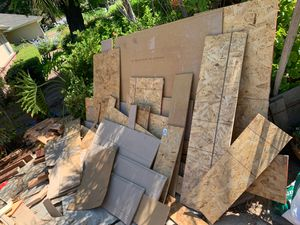 Miscellaneous pieces of wood. for Sale in Fresno, CA