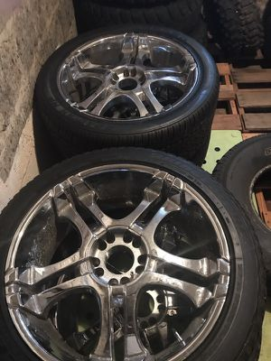 22 inch rims for Sale in Duquesne, PA