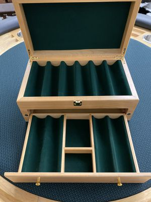 500 Wooden Poker Chip Case Brand New for Sale in Garden Grove, CA