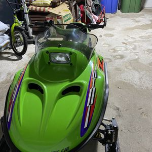 Arctice Cat Z120 Snowmobile for Sale in Simsbury, CT