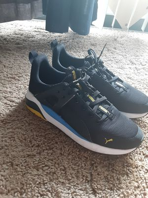 Pumas size 9 for Sale in Nashville, TN