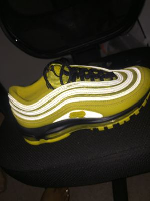 AirMax size 5 for Sale in Los Angeles, CA