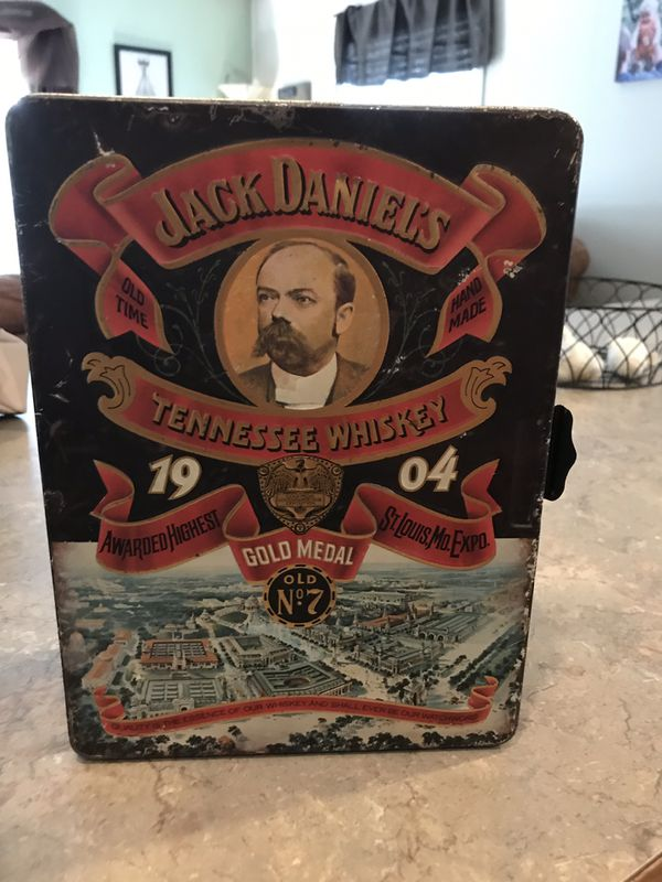 Jack Daniels tin and watch