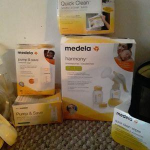 Medela Breast Pump for Sale in Vernon, CT
