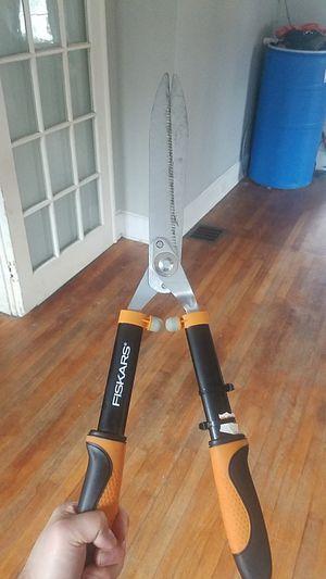Fiskars heavy duty shears for Sale in Knoxville, TN