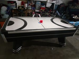 Air hockey table for Sale in Pico Rivera, CA